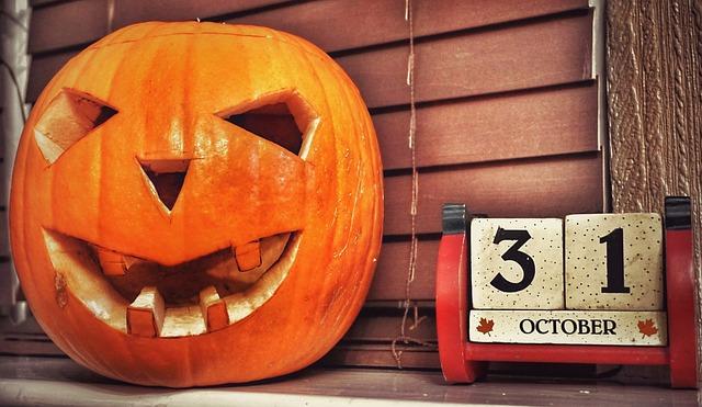 halloween-1790269_640